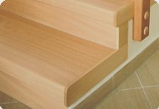 Boční dřevěné krytky  schod